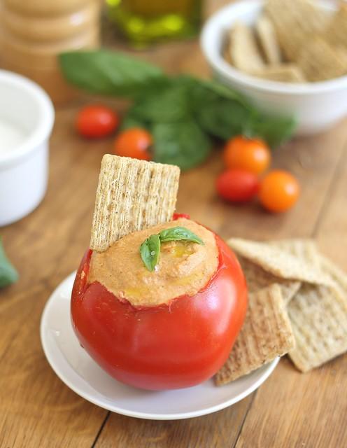 Tomato cashew hummus