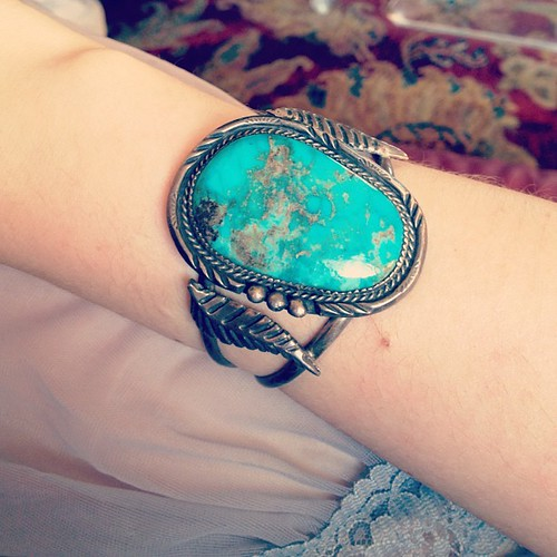 turquoise bracelet from tag sale in East Hills