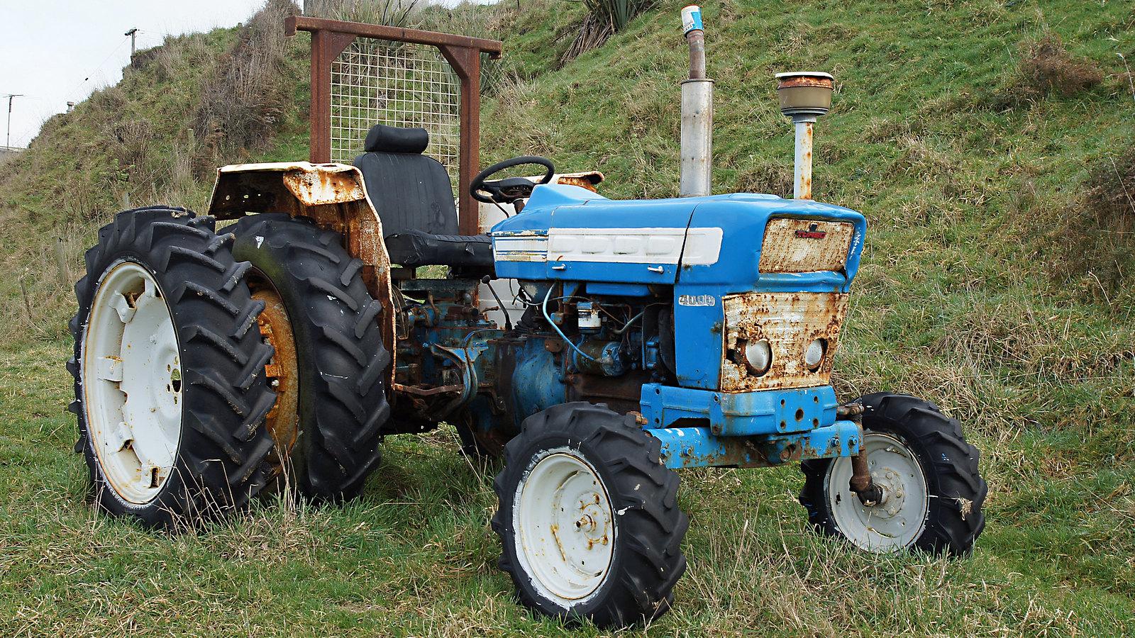 Ford 4000 Diesel Tractor Manual : Ford diesel tractor bing images