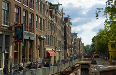 Rue et ancien canal