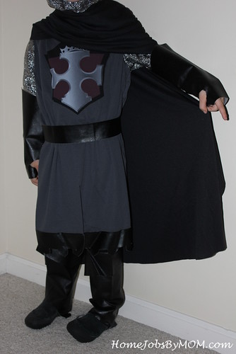 7986935744 c7cc489065 Dragon Slayer Child Costume [Review]