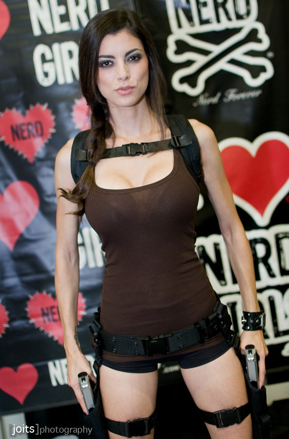 leeanna vamp as tomb raider