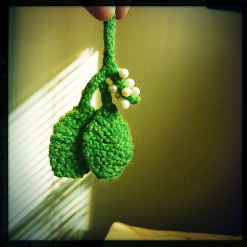 Knitted Mistletoe
