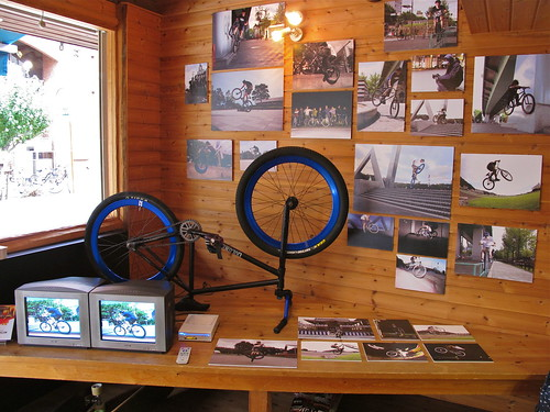 120916 FIXEDGEAR EXHIBITION@timeforlivin'