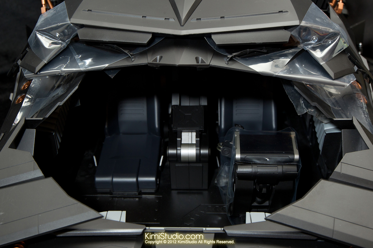 2012.09.22 MMS69 Hot Toys Batmobile-031