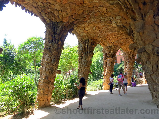 Park Güell- viaduct of the museum