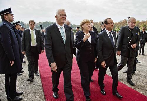 François Hollande à côté d'Angela Merkel lors de la célébration de l'amitié franco-allemande,  le 22 septembre en Allemangne (Flickr)