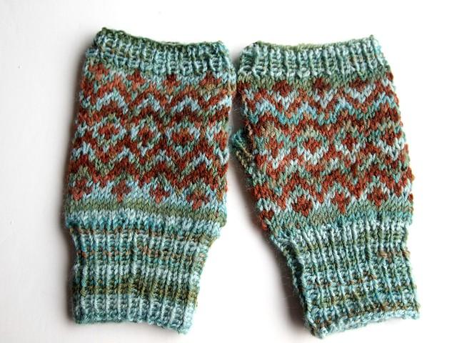 Galactic Melt fingerless mittens