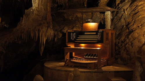 "Luray Caverns - ""Stalacpipe Organ"""