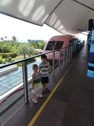 The monorail on Sentosa Island (Singapore)