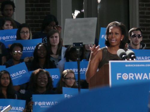 Michelle Obama en meeting de campagne pour la présidentielle de 2012. Source : occupyRhino_media/Flickr
