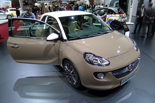 Opel ADAM - Chocolate Brown