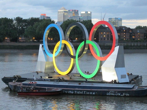 The Olympic rings and Canary Wharf