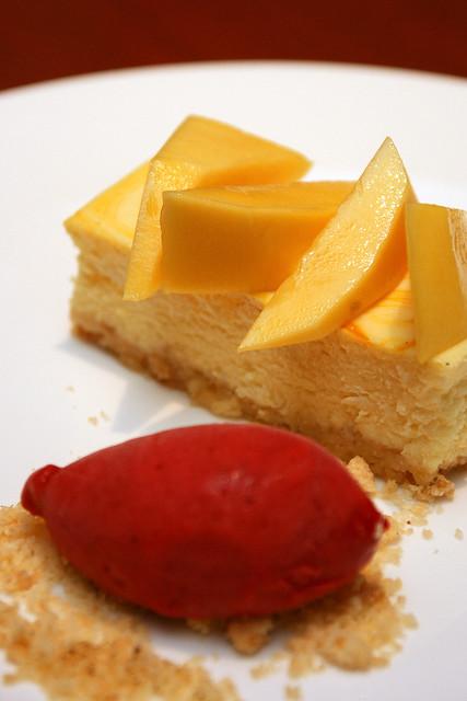 Alphonso mango cheesecake