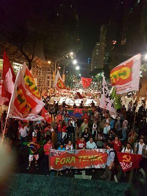 En Rio de Janeiro, el acto del lunes (29) reunió cientos de personas  - Créditos: Bruno Bou