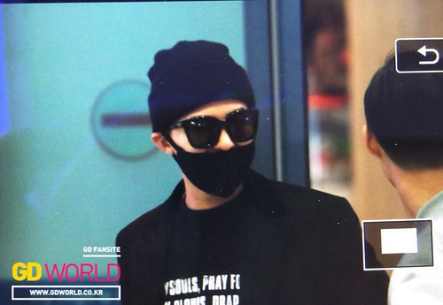 Big Bang - Incheon Airport - 10apr2015 - G-Dragon - GD World - 02