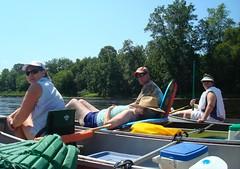 canoe_relax
