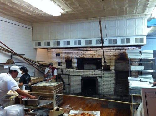 Frank Pepe's pizza oven