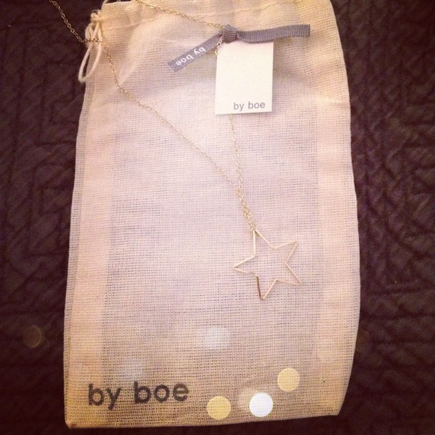 I was looking a #NYC souvenir to take home with me and this @byboe necklace couldn't be any more perfect. Thank you! #luckyfabb