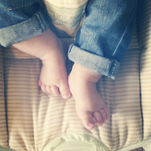 Instagram Little feet by PhotoPuddle