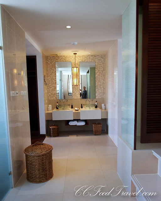 Seaview Jacuzzi Penthouse-3 Bedrooms bathroom
