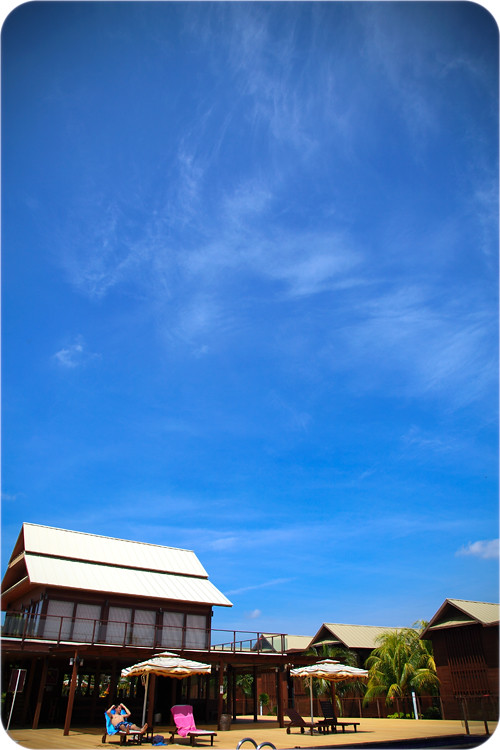 Ri-Yaz-Blue-Sky