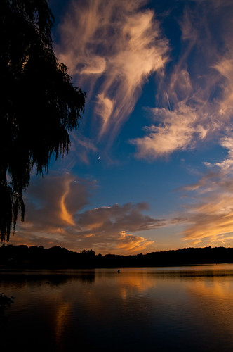 sunset sky colors silhouette night clouds reflections ma cloudy wakefield lakequannapowitt