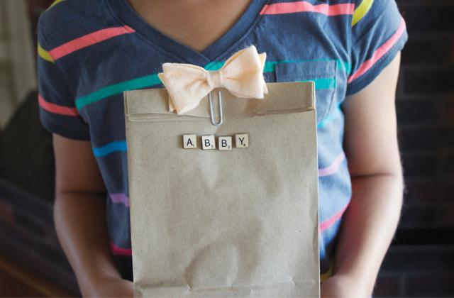 cómo identificar los regalos letras scrabble (4)