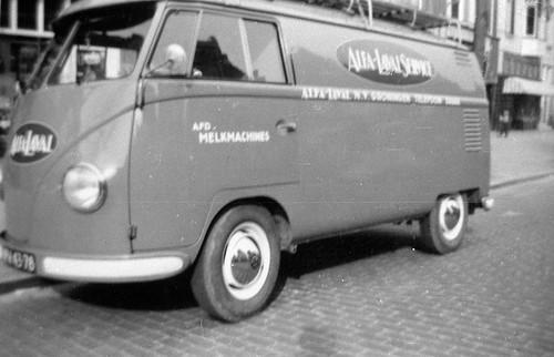 """PN-43-78 Volkswagen Transporter bestelwagen 1956 """"Alfa Laval Services"""""""