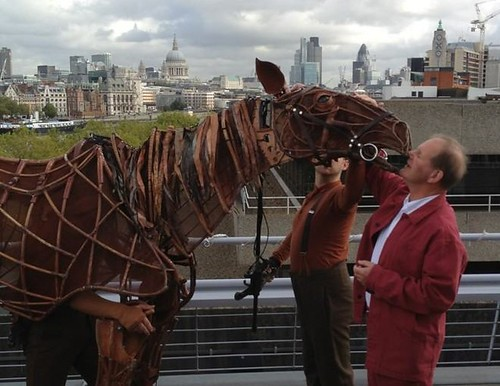 Michael Morpurgo meets Joey at the London launch of the NT tour of War Horse. Photo credit  ‏@edtheatres