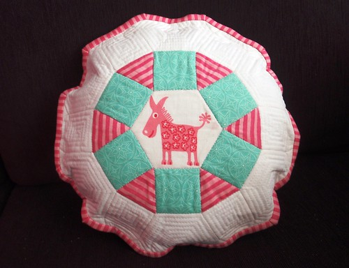 PILLOW - Le Burro at the Fair, english paper pieced