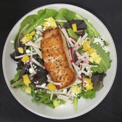 Lemon Salmon with Mixed Greens