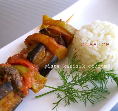 etli yemek patlıcan oturtma