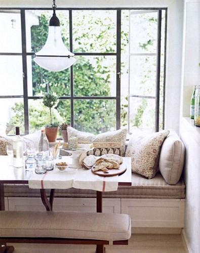 window-seat-house-beautiful-1