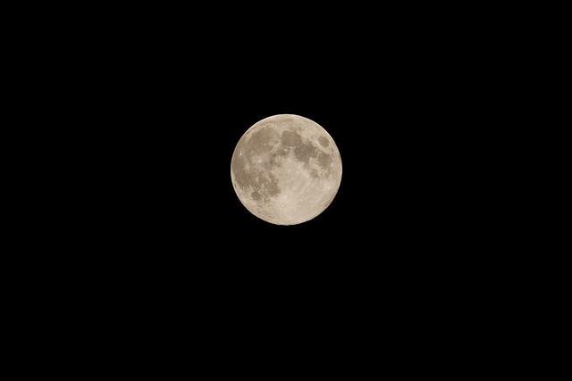 120831 Blue moon