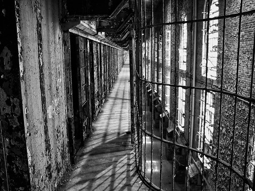 ohio blackandwhite bw white black 2004 canon cell august powershot prison g1 oh mansfield reformatory mansfieldohio
