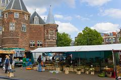 Marché aux fleurs sur le Square Nieuwmarkt