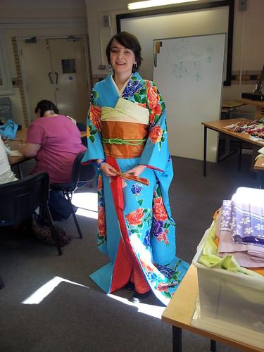 Alcon 2012 Kimono Dressing