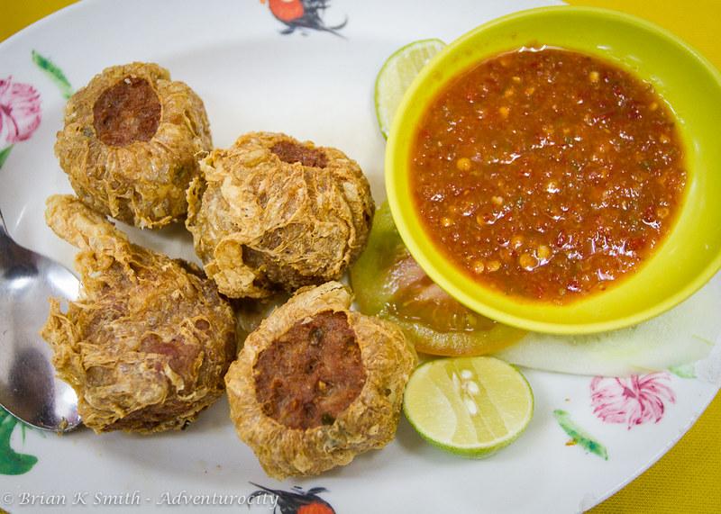 Restoran Hong Ngek crab balls with sambal.