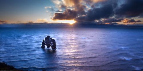 sunrise dawn iceland northwest hvítserkur