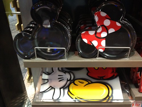 Mickey Minnie plates