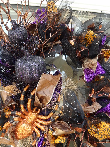 Halloween Rag Wreath Sept 2012 (6)