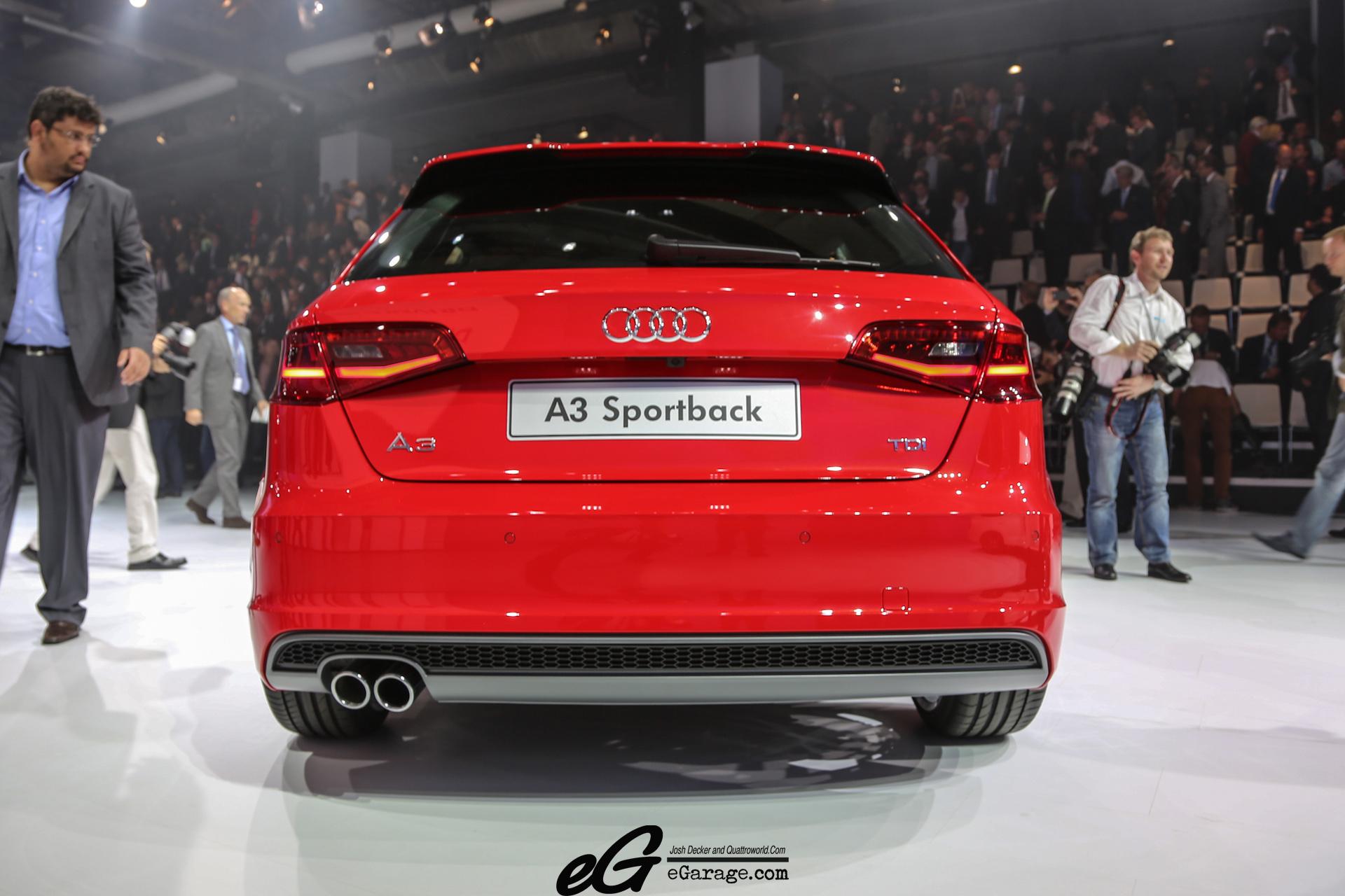 8030378220 c3581f1476 o 2012 Paris Motor Show