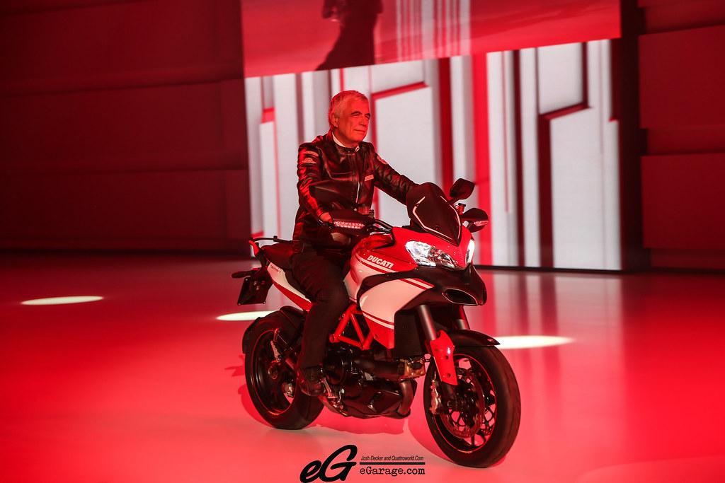 8030386068 b856d2e77c b 2012 Paris Motor Show