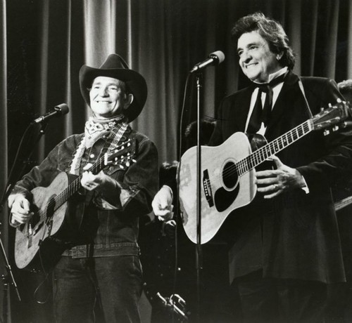 Willie Nelson & Family To Perform At Johnny Cash Music