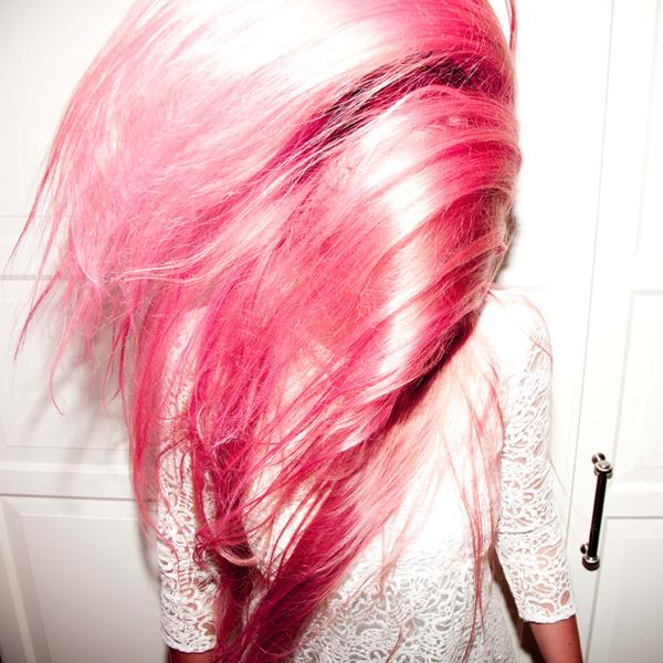 Hannah_Weber_Pink_2