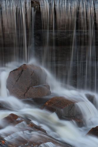 rhodeisland scituate ponagansetfalls sunrise water waterfall cottoncandy rocks stones mist