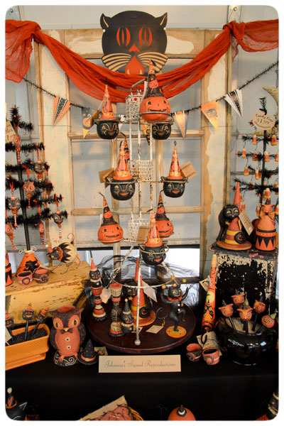 Johanna-Parker-Design-Halloween-Display
