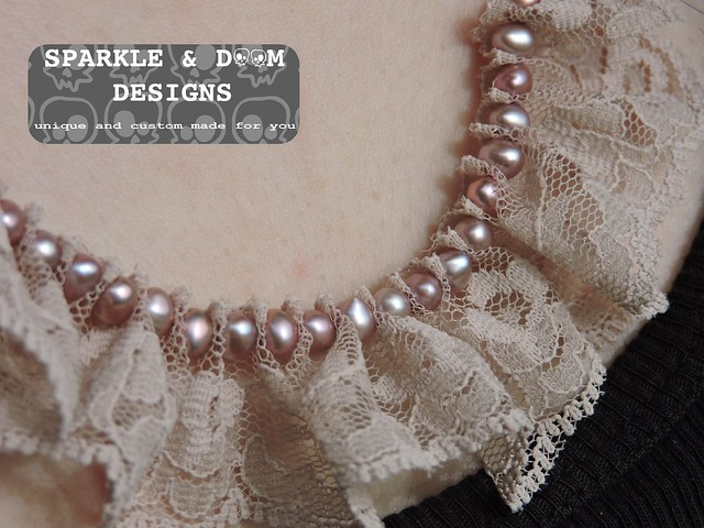 Lace Necklace 01a