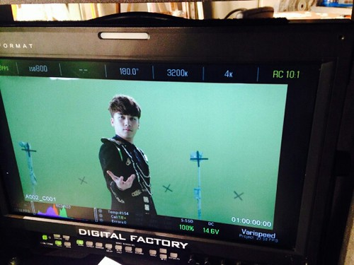 Seung Ri - Tower of Saviors - 2014 - BTS - 06